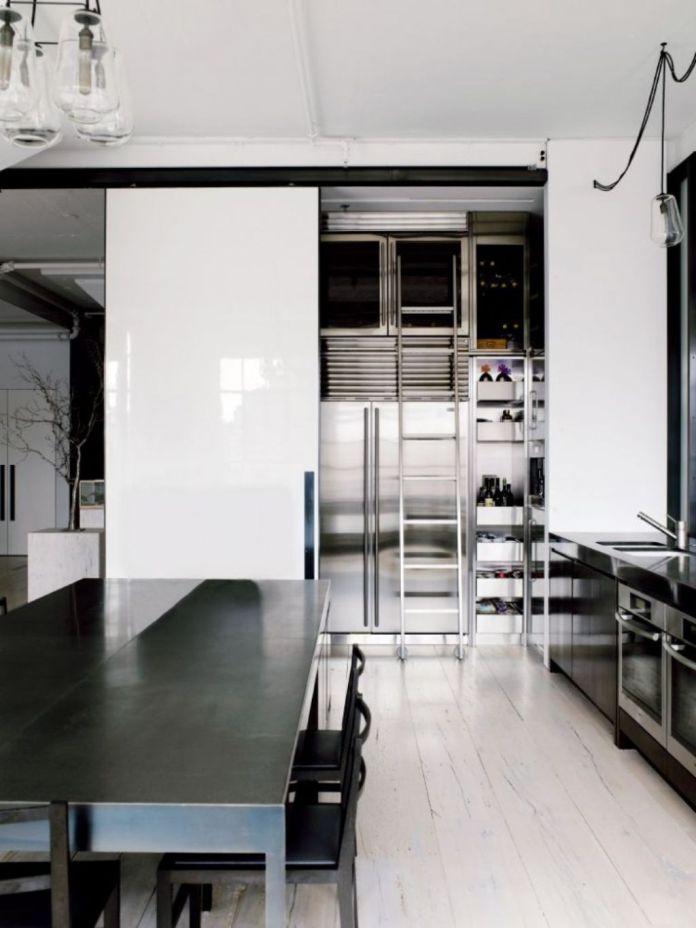 Gorgeous-black-and-white-kitchen-design-ideas-glass