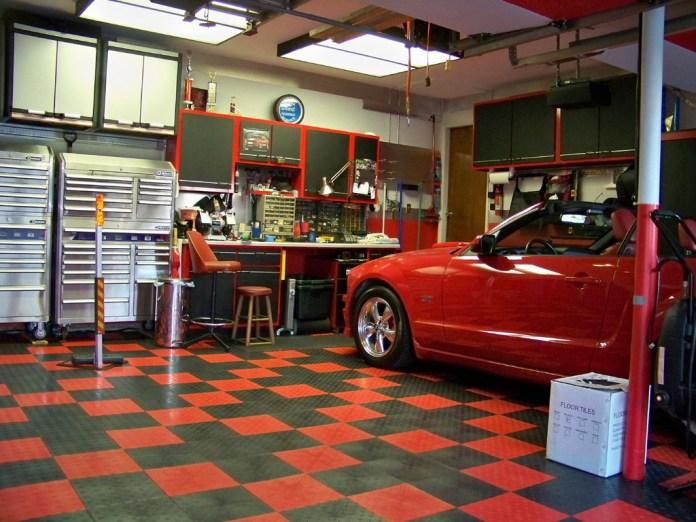 Man-Cave-Garage-Flooring-Options