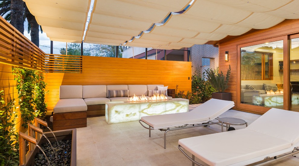 21 Stunning Midcentury Patio Designs For Outdoor Spaces on Mid Century Modern Patio Ideas id=80702