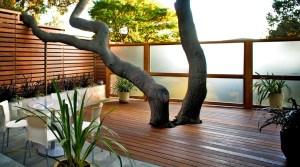 10 Creative Garden Decoration Ideas That Will Delight