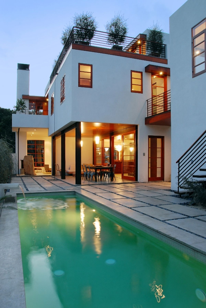 25 Bold Amp Beautiful Contemporary Swimming Pool Designs