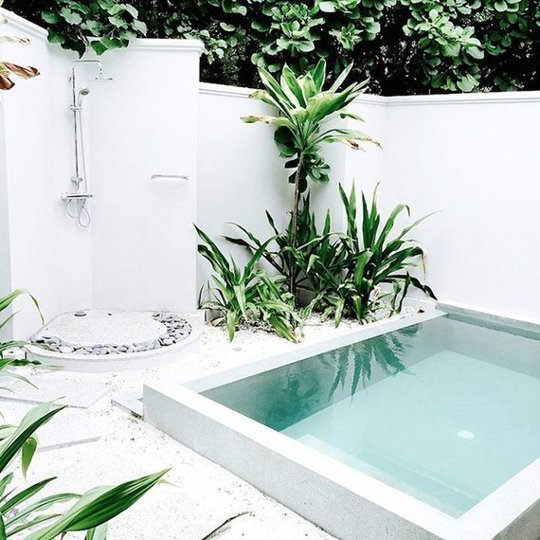 backyard-pools-to-steal-your-heart-maldives-happily-grey