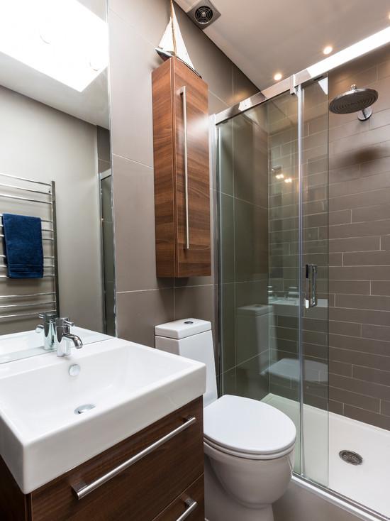 ecletic bathroom design