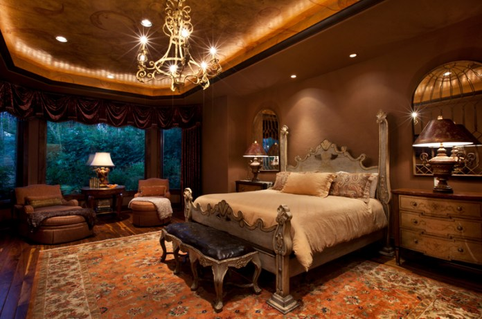 Beautifully Decorated Master Bedroom Designs (32)