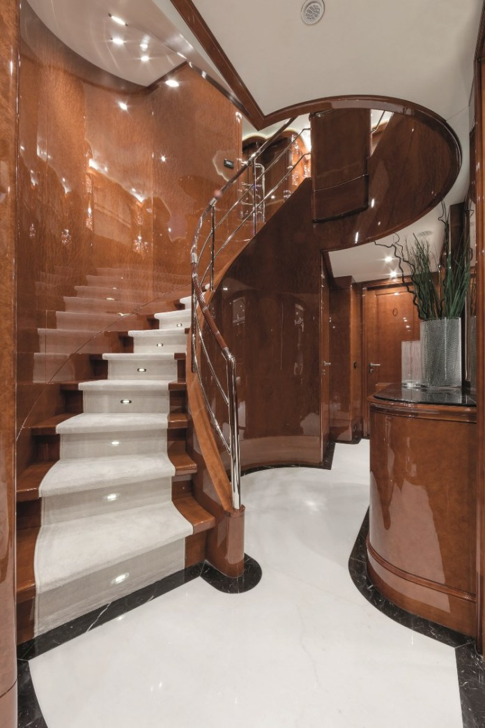 Luxury Foyer Decorating And Design Ideas (23)