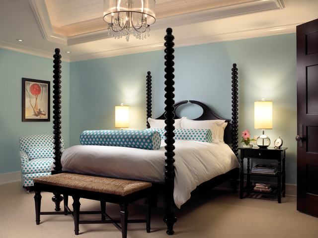 Traditional Bedroom Decor Design