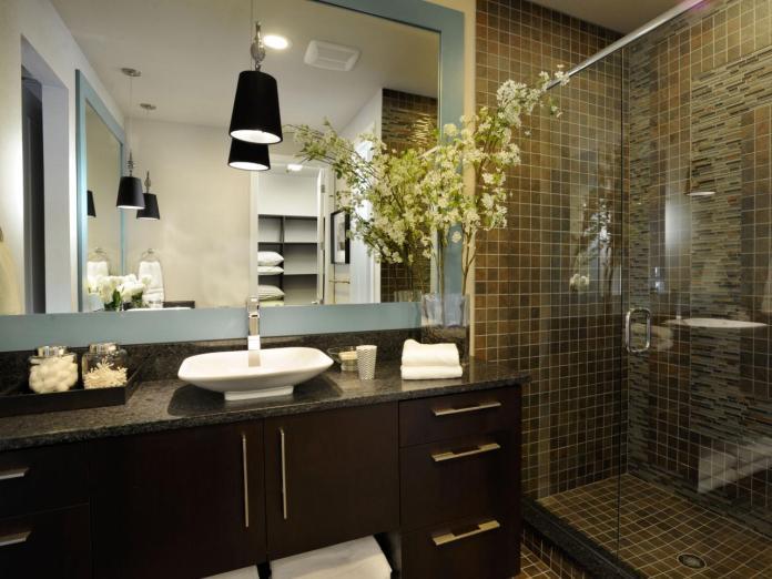 Bathroom with an Earthy Stone Shower