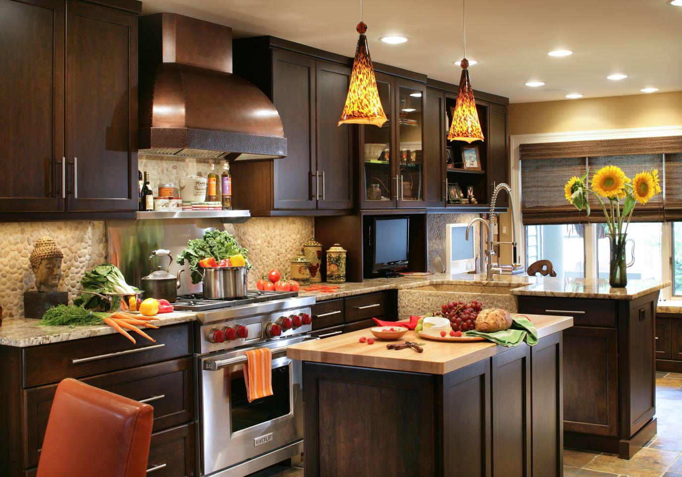 30 Popular Traditional Kitchen Design Ideas on Traditional Kitchen Decor  id=39339