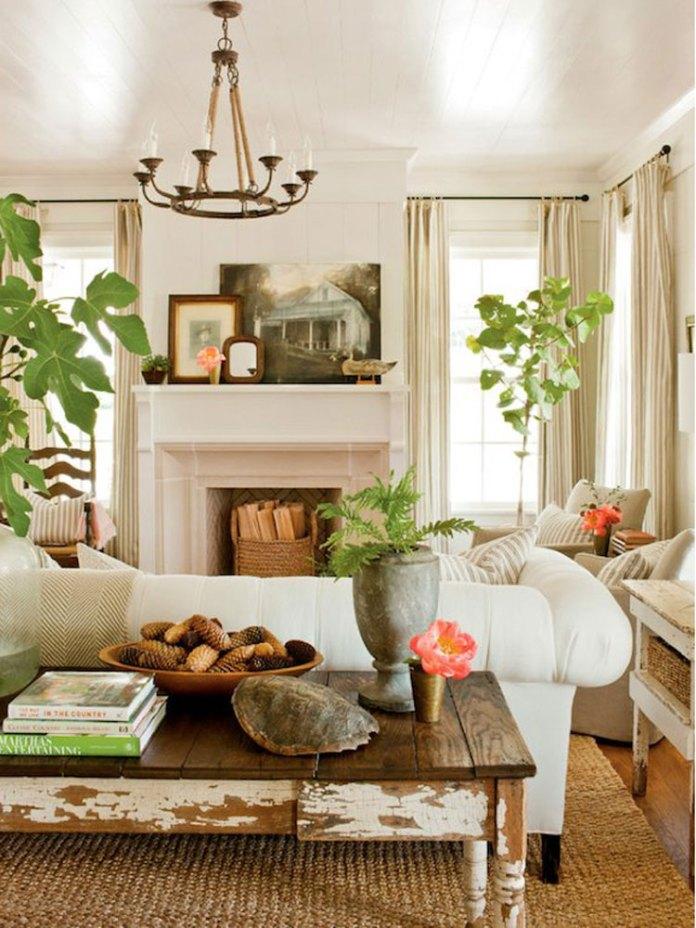 Cottage Living Room Decorating