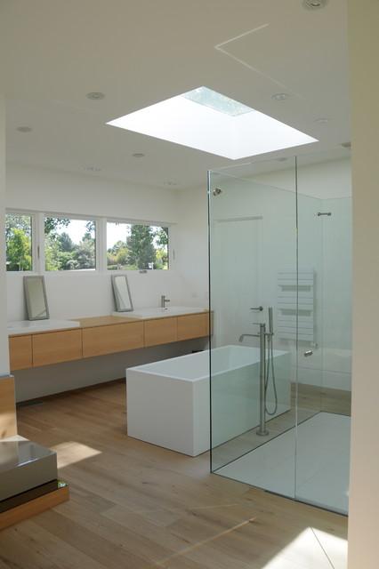 Mid-Century Modern midcentury-bathroom