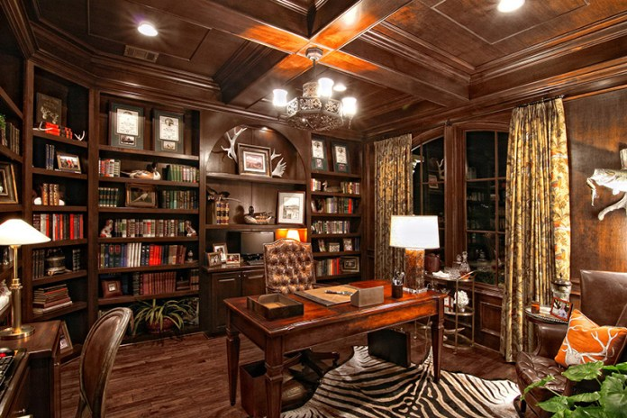 Top Traditional Home Office Design Ideas & Pictures