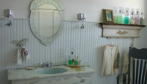 Creating A Beautiful Bathroom With Farmhouse Design