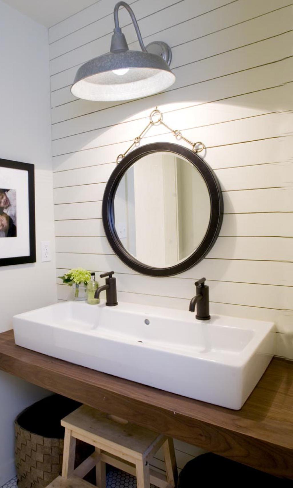 Creating A Beautiful Bathroom With Farmhouse Design on Bathroom Ideas Modern Farmhouse  id=68457