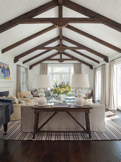 modern-farmhouse-living-room-wendy-posard