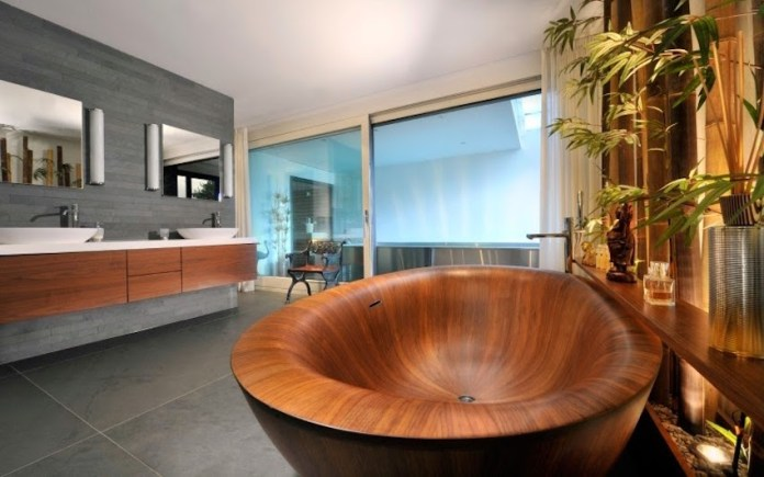 Amazing Bathrooms With Wooden Bathtub (1)