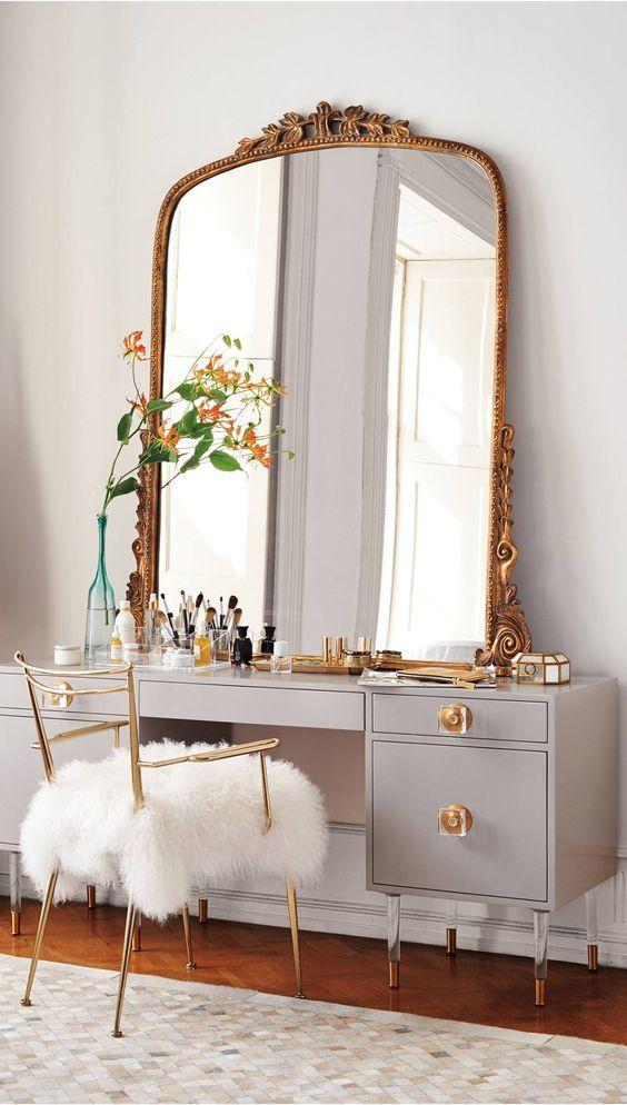 Stunning Bedroom Vanity Ideas (6)