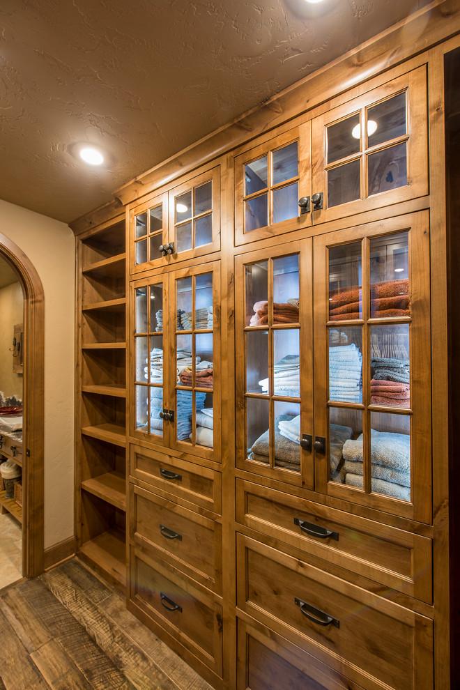rustic-closet-design