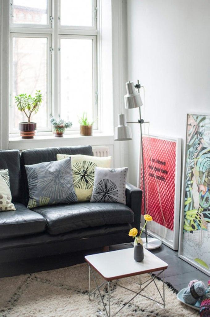 artistic-small-living-room-idea