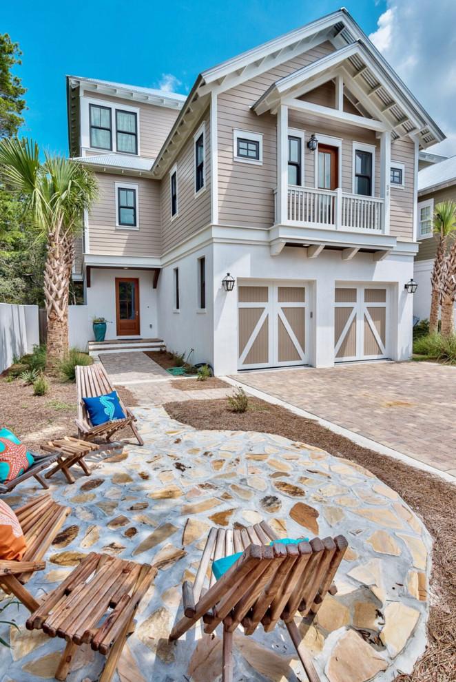 beach-style-exterior-design