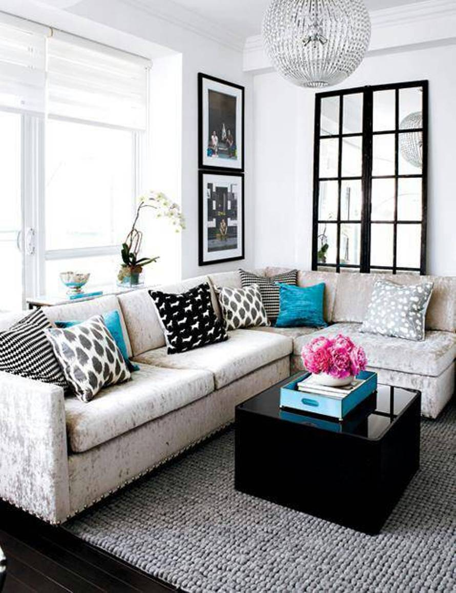 25 Beautiful Small Living Rooms on Small Living Room Decor Ideas  id=12059