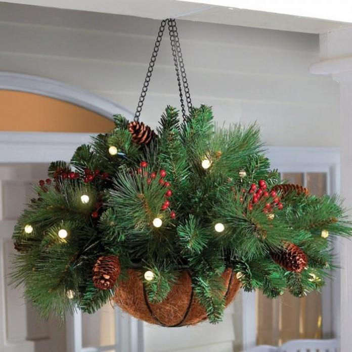 christmas-evergreen-hanging-basket-decoration