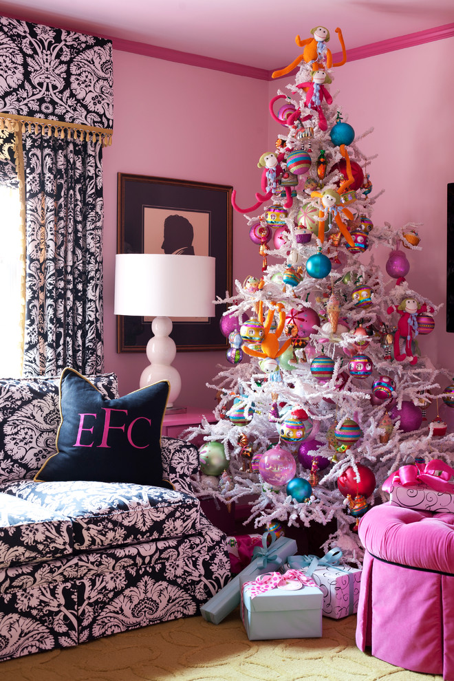 classic-pink-eclectic-style-christmas-tree