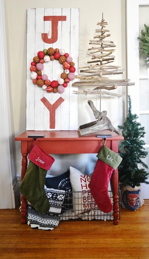 hallway-christmas-decoration-ideas