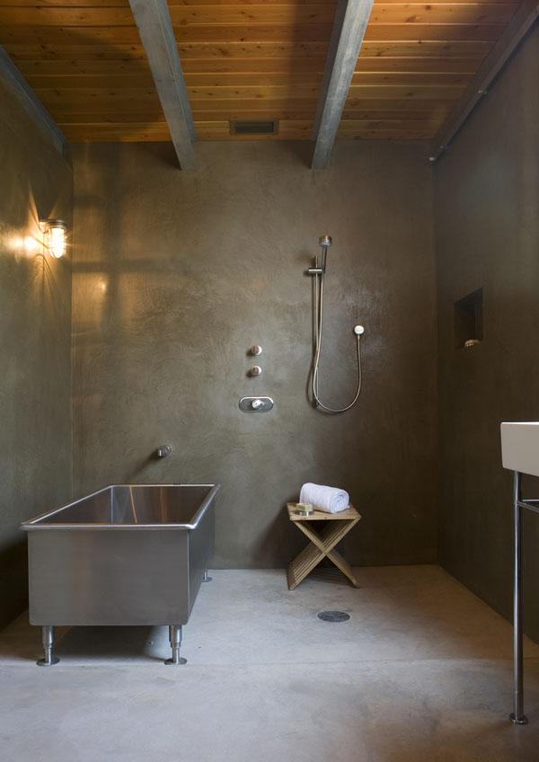 polished-concrete-bathroom
