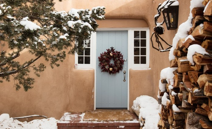 southwestern-front-door-christmas-wreath