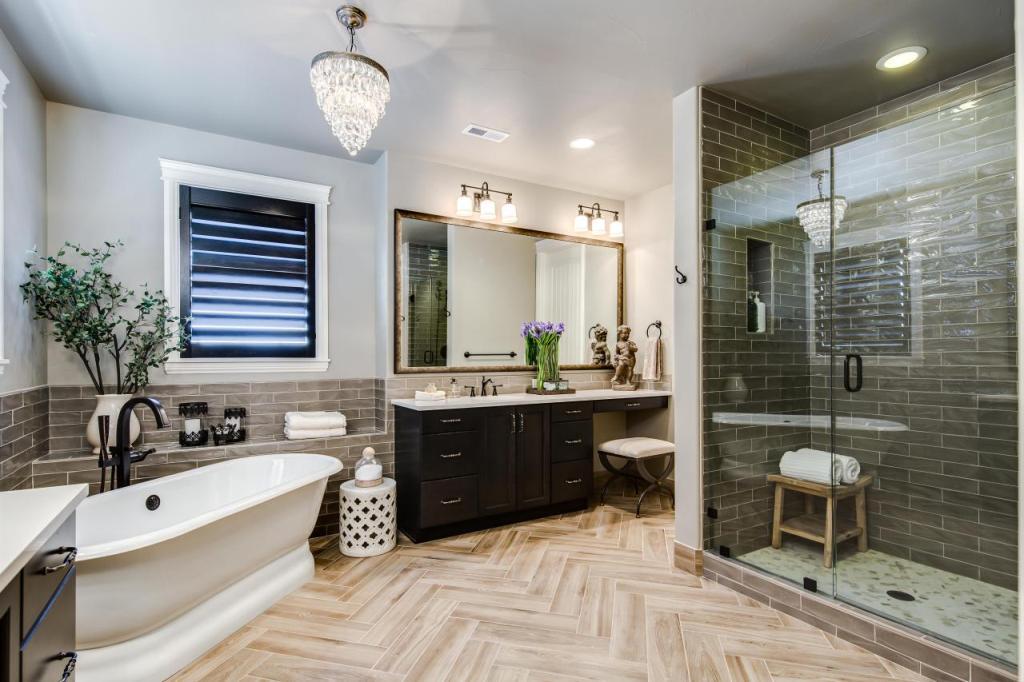 25 Extraordinary Master Bathroom Designs on Master Bathroom Remodel Ideas  id=65586