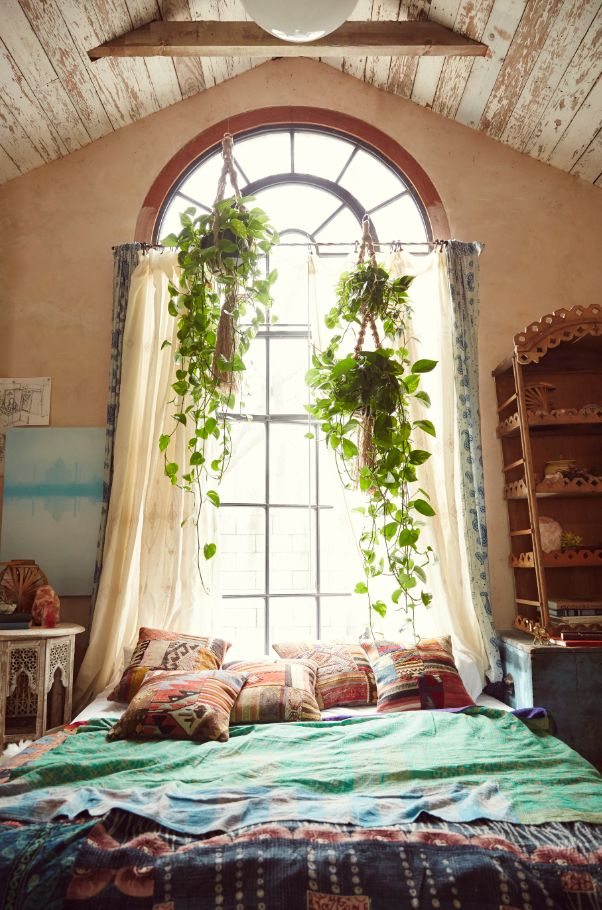 20 Amusing Bohemian Bedroom Ideas on Boho Bedroom  id=89141