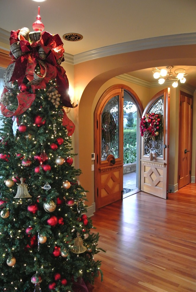 Christmas Discount Ornaments Tree