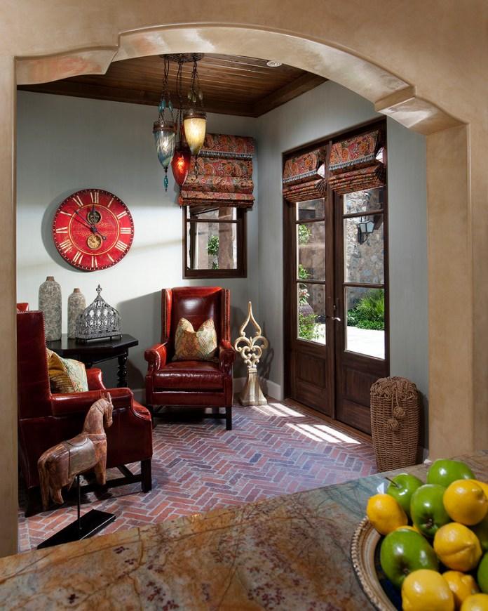 Small Mediterranean Living Room