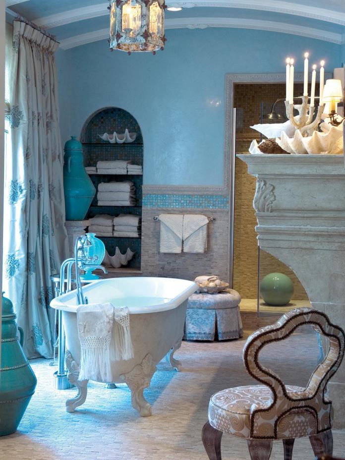 Small Coastal Style Bathroom Design