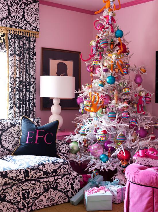 Christmas Living Room Decorations dwellingdecor (24)