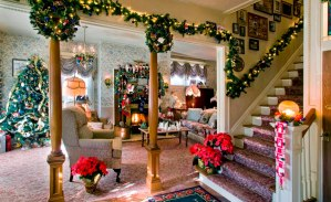 30 Christmas Living Room Decorations