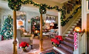 30 Christmas Living Room Decorations