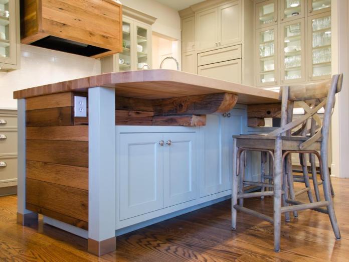 Wood Farmhouse Kitchen Island dwellingdecor