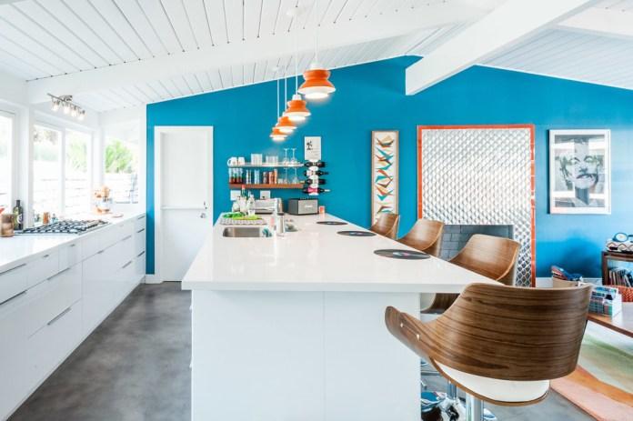 Gray Floor Eat-in Kitchen