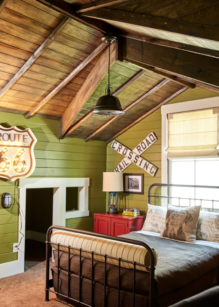 Farmhouse Kids Bedroom With Reclaimed Wood Walls Dwellingdecor