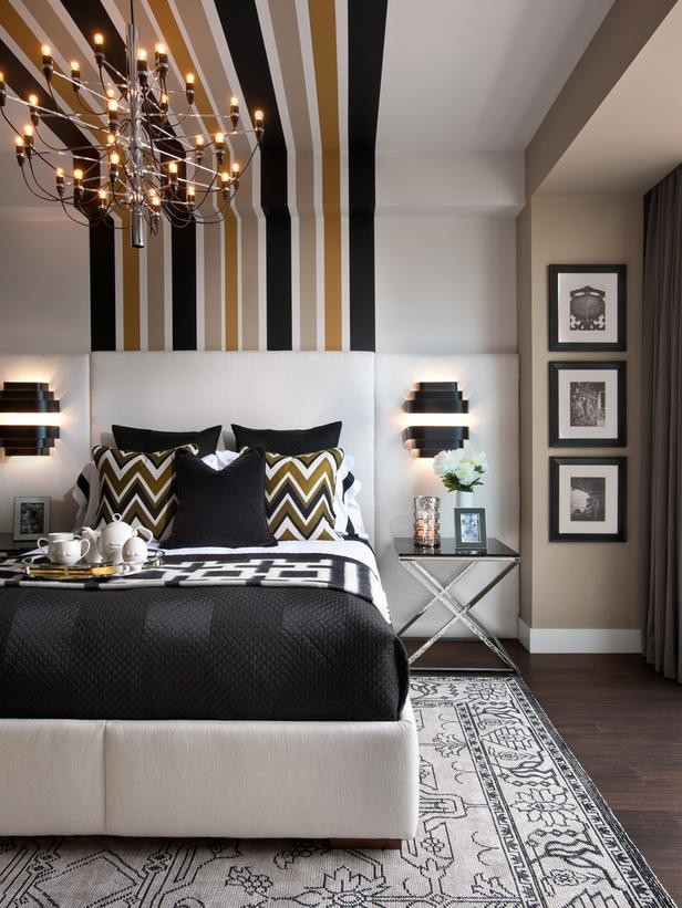 Use Stripes to Lengthen Your Space