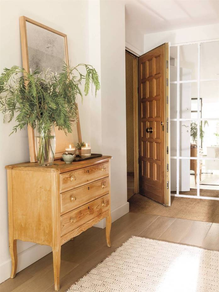 Hallway Decor Ideas14