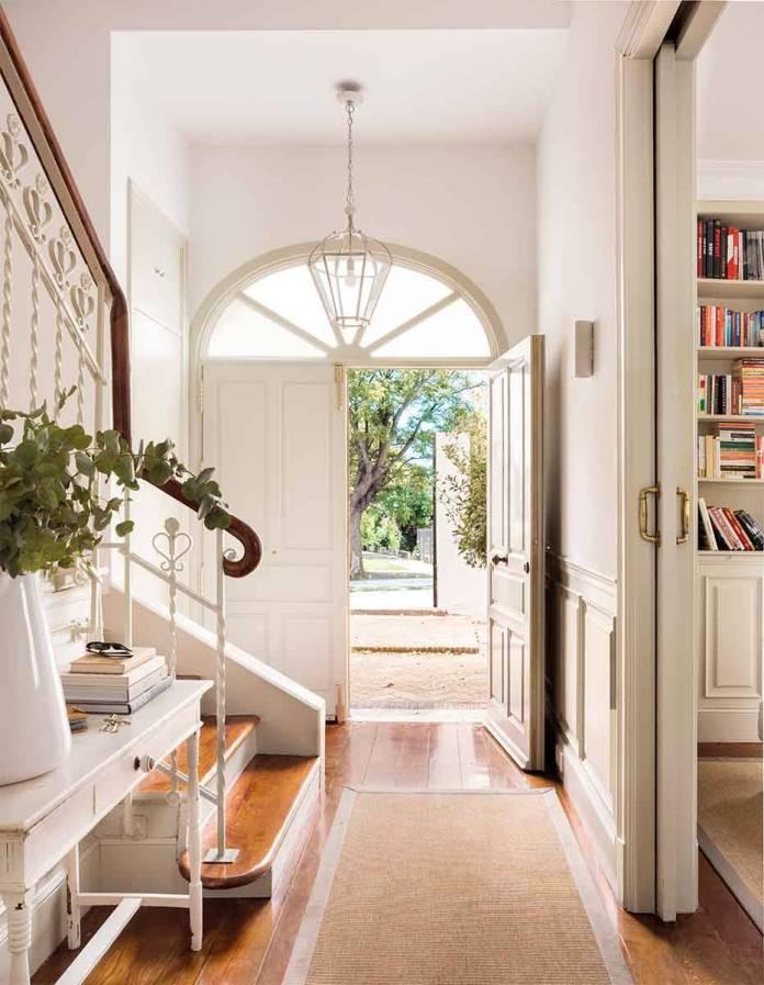 Hallway Decor Ideas16