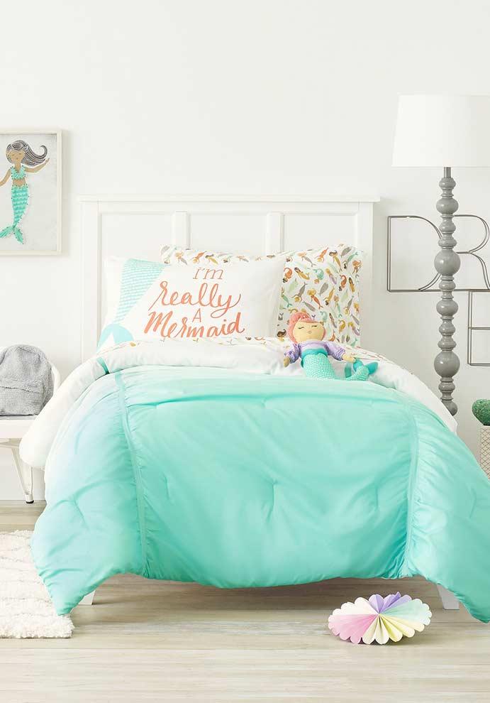 Teenager in love with mermaids