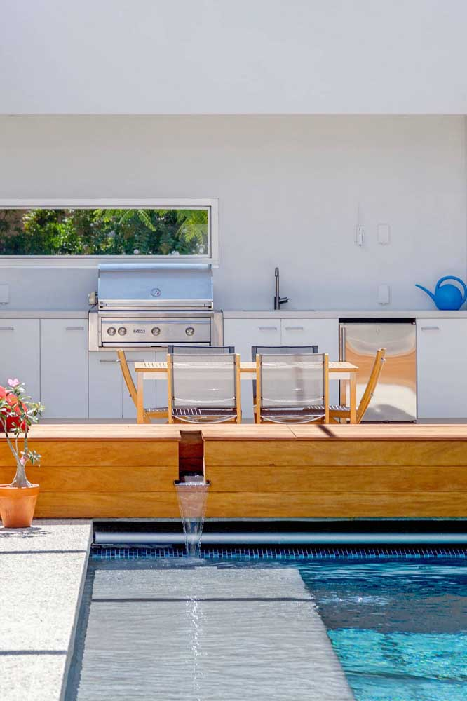 05. Leisure area with modern barbecue. Light colors enhance the modern and clean style of the environment.