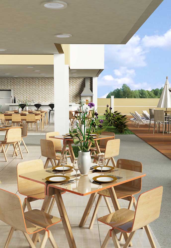 37. Recreation area with barbecue in shared space. A good idea for condominiums.