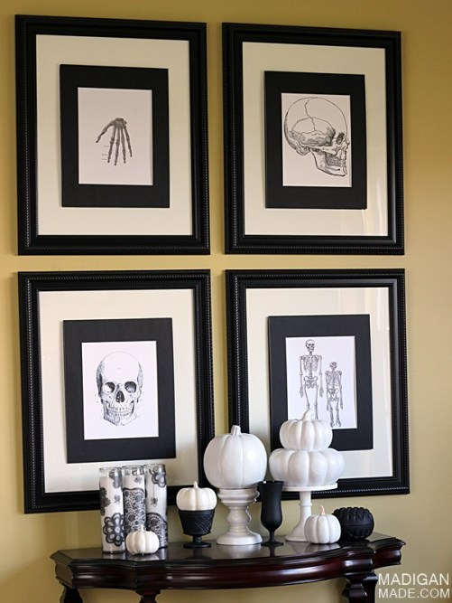 black-white-vintage-halloween-decor-skulls-01_zps58a382ef
