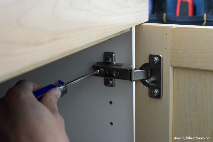 Painting Bathroom Vanity Without Sanding how to paint your bathroom vanity (the easy way!)