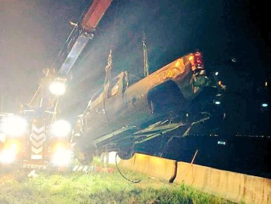 Joshua Eric Burbank crash killed family in this truck photo Land O' Lakes Patch DUI triple fatal 070216