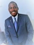 Dr-wenceslas-YABA-épidemiologiste-expert-en-santé-publique-et-organisation-des-systèmes-de-soins-Directeur-Général-Adjoint-du-CHU-Libreville-et-Coordonnateur-Général-du-SAMU-SOCIAL-GABON